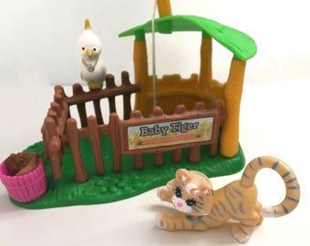 Littlest Pet Shop baby tiger play set