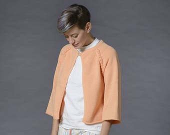 Bed jacket knitted pure merino wool peach-color