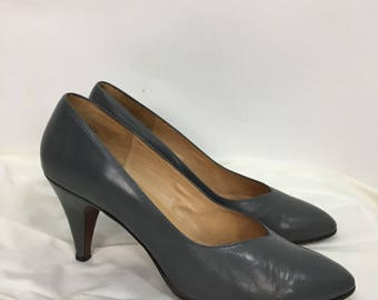 80s grey leather pumps