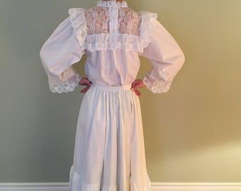 Antique 1890s Cotton white Petticoat