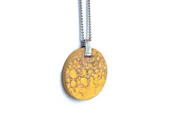 Short necklace Warbler