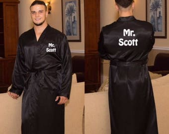 Personalized Men's Satin Robe, Groomsmen's Robe, Groomsmen's Gifts, Wedding Gifts, Couple's Gifts, Gifts for Dad, Bachelor's Party