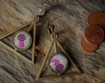 Earrings are made of floral pattern