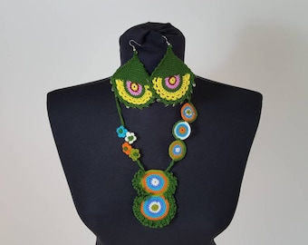 Hand-knit Crochet Necklace & Earrings: Jade