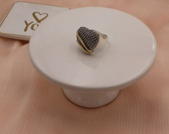 Heart shaped ring, size 7. Great Valentine's day gift!