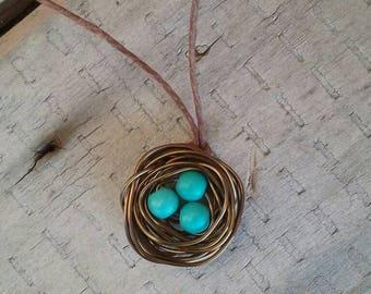 birdnest necklace /birdnest pendant/ birdnest necklace/ wire antique brass birdnest/ birdnest with eggs necklace