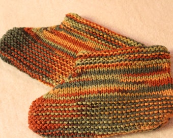 Hand-Knit Aunt Meta Slippers (Size 4-7)