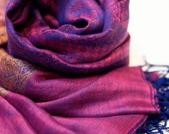 kashmirian shawl