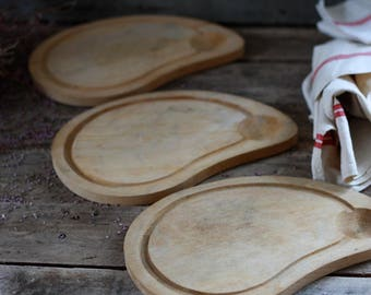 SET of 3 French wooden cutting board. French kitchen. Vintage bread board. Vintage chopping block. Breadboard. Vintage board. Wood trivet