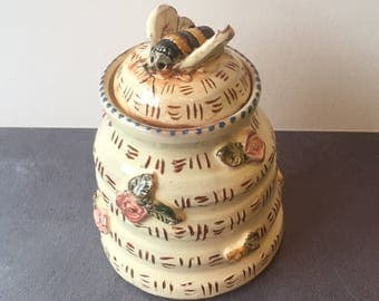 Ceramic Honey Pot with Bumble Bee