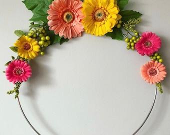 Daisy Hoop Decor Wreath