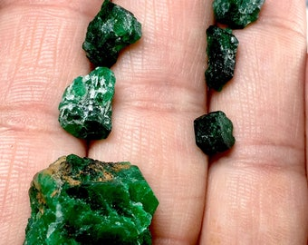 52 Carates Beautiful Rough grade Emerald From Afghanistan.