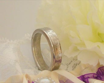 1965 Handcrafted Coin Ring - Two Shillings Coin