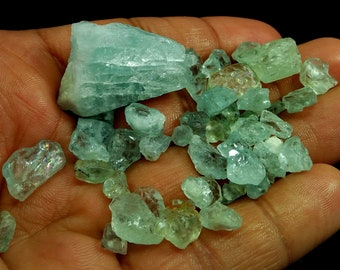 136.55 Unheated& Natural Sky Blue Aquamarine Rough Lot