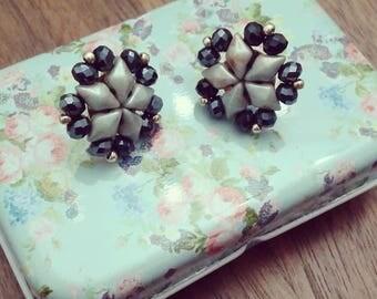 Lobetti Diamond/lobe earrings in bead weaving