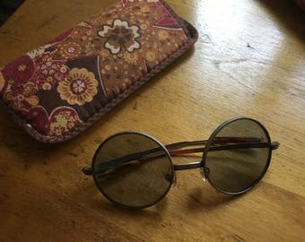 Vintage Sunglasses Eyewear Sun Glasses Retro from 1960s Original Glasses from the Sixties - Wire Frames with Case