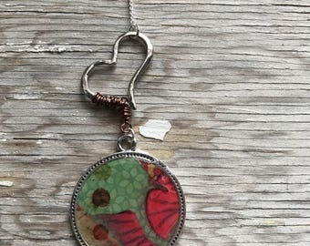 Abstract Heart Necklace-Resin Bezel-