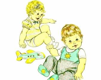 SALE 1980s Baby Jumpsuit Panties T-Shirt Kwik Sew 1119 Vintage Sewing Pattern Infants Size Small