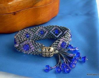 Beaded Micro Macrame BRACELET - Gridlock - Small - Blue Gray - Flowers Tassel - Renaissance