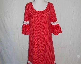 Closing Shop 40%off SALE 60's 70's   Red  white Hawaiian Vintage    maxi dress     Hilda Hawaii