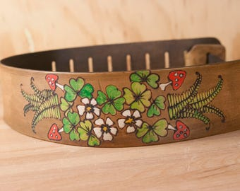 Leather Guitar Strap - Handmade strap for Acoustic or Electric Guitar - Ronja pattern with shamrocks, ferns, mushrooms - Antique Brown