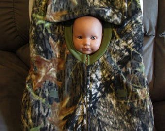 Mossy Oak Breakout Camo fleece infant car seat cover with full zipper & weather flap.  Great Gift. Every newborn baby needs protection.