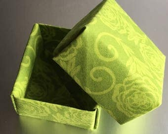 Small Green Origami Gift Box