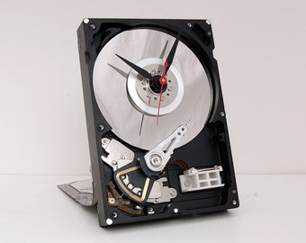 Hard Drive Clock, Unique Clock, Industrial Clock, Birthday Gift, Husband gift, Unique Gift, Boyfriend Gift, Dad Gift, Tech Gift, reclaimed