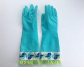 Limited Edition /// Designer Cleaning Gloves. Vintage Bird. Size Small. Latex Kitchen Dish Gloves. Green Lace.