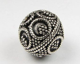 SHOP SALE 12mm Round Bali Sterling Silver Focal Bead with Fine Twisted Circles and Dots (1 bead)