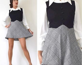 SUMMER SALE/ 30% off Vintage 60s 70s Black and White Houndstooth Illusion Jumper Mini Dress (size small, medium)