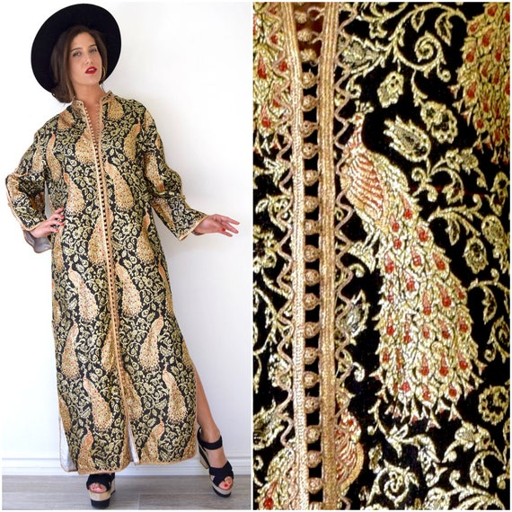 SUMMER SALE / 20% off Vintage 60s 70s Royal Peacock Ornate Black and Metallic Gold Silk Brocade Moroccan Caftan