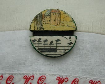 Brooch - Antique paper and wooden chips brooch - Handmade jewelry - handmade brooch -  1930 graphic - castel and music paper
