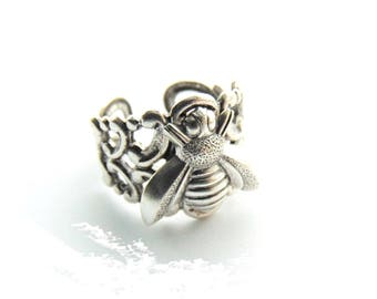 RING - Filigree Band Bee Ring ~ Antique Silver Adjustable Statement Ring (RD-2)