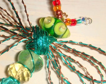 "My #9105 A Saucer Bug-Eyed Green Alien Fluttering Dragonfly!.. Unique! Ornament! home decor! Size 3.5""Wx4""L"