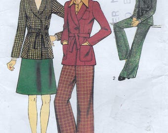Jacket Skirt and Flared Trousers Bust 87cm 34inches Vintage sewing pattern from 1973 style 4295