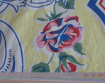 Vintage cotton cutter rectangular tablecloth yellow with red and blue roses