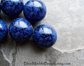 Blue Marble Beads, Vintage Bead, Lucite Bead, Black And Blue, Round Bead, Mottled, Boho Bead, Spotted, Speckled, 16mm, 10 Beads