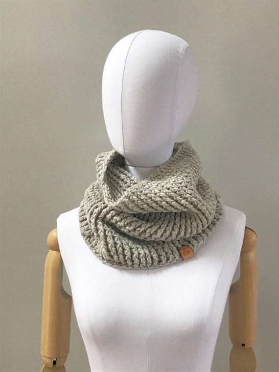 Wool cowl infinity scarf : oatmeal