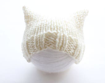 White pussyhat, chunky cat hat, knit pussyhat, white, chunky knit baby hat, pussyhat for baby, baby hat, white baby hat, chunky baby hat