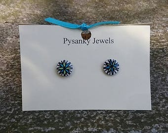 Tiny bue and green star goose eggshell pysanky post earrings