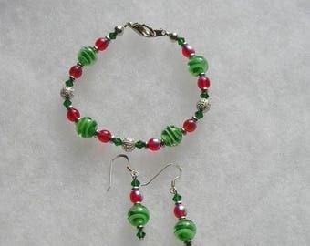 ON SALE REDUCED Swirled Green Art Glass Bracelet & Sterling Wire Earrings Demi Set