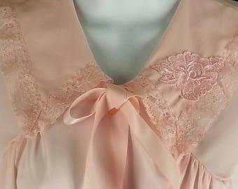Vintage pink nylon bed jacket Lorraine size small
