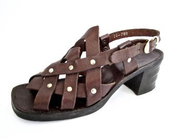 UNIQUE vintage 1960s 1970s dark brown woven leather GLADIATOR sandals GOTHIC go go heels studded womens 7 1/2 edie