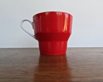 Paul McCobb Contempri White for Jackson Internationale, Red and White Porcelain Mug
