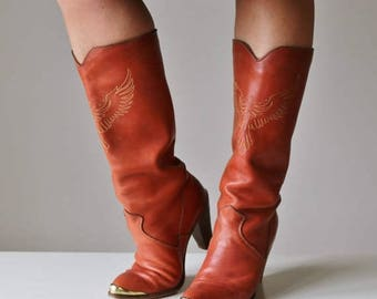 ON SALE 1970s Zodiak Wing Boots >>> Women's Size 6-1/2 (6.5) to 7