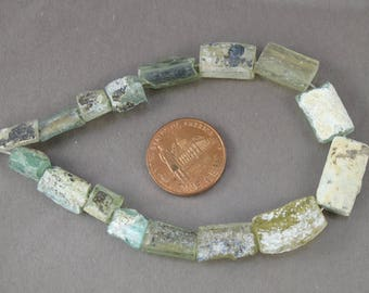 BARGAIN 7.25 inch strand 16pcs ancient Roman glass beads 11+ grams