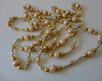 VINTAGE 1960s gold - pearly white - purple BEADED GARLAND