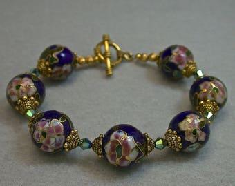 Vintage Chinese Cloisonne DEEP COBALT Blue Bead Bracelet Pink Flowers, Swarovski Green Iridescent Faceted Crystal, Gold Toggle Clasp