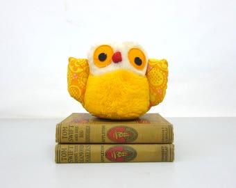 Fisher Price OWL Bird Stuffed Plush Yellow Orange Musical Wind Up Owl animal plush doll 1970s Vintage Toy with Tags Nostalgia Old School Toy